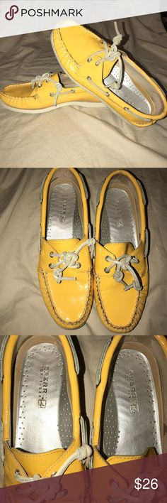🌞 patent leather Sperry top-sider 2 eye boatshoe Gently used condition. Women's size 8.5 Sperry Top-Sider Shoes Flats & Loafers