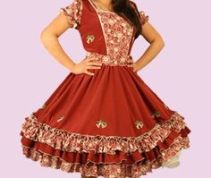 Huasa chilena, Vestidos de china! Clogs Outfit, Frocks, Blouse Designs, Dress Skirt, Beautiful Dresses, Fashion Outfits, Skirts, Square Dance, How To Wear