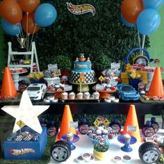 Chocolate, Festa Hot Wheels, Birthday Cake, Party, Desserts, Food, Old School Candy, Lollipop Candy, Cake Toppers