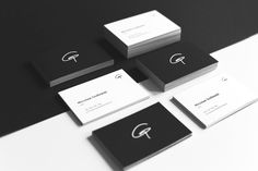 Business Card ; Minimalistic ; Elegant ; Soft Touch foil ; White and Black