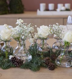 Slik dekker du det vakreste julebordet Christmas Decorations 2017, Flower Decorations, Table Decorations, Table Arrangements, Floral Arrangements, Wedding Centerpieces, Wedding Table, Table Flowers, Deco Table