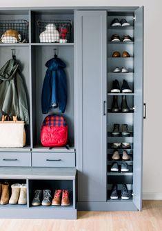 Entryway Shoe Storage, Closet Shoe Storage, Boot Room Storage, Organized Entryway, Garage Entryway, Shoe Closet, Entry Closet, Closet Bed, Mudroom Laundry Room
