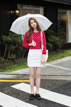 Streetstyle: Kim Jin Kyung by Park Ji Min for W Korea Girl Korea, Asia Girl, Kim Jin, Draw On Photos, Ulzzang Fashion, Korea Fashion, Korean Model, Perfect Woman, Actor Model