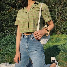 Vintage Hong Kong-style small shirt lapel wild green check crop top from loveheynew Aesthetic Fashion, Aesthetic Clothes, Look Fashion, 90s Fashion, Korean Fashion, Fashion Outfits, Aesthetic Women, Aesthetic Outfit, Aesthetic Gif
