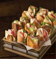Mobile App : How will it help me? Hard to decide which to eat first. Sandwich Basket Byrne Byrne Byrne Bakery CafeHard to decide which to eat first. Tapas, Snacks Für Party, Fingerfood Party Ideas, Party Recipes, Ideas Party, Bakery Cafe, Food Platters, Cheese Platters, Cafe Food