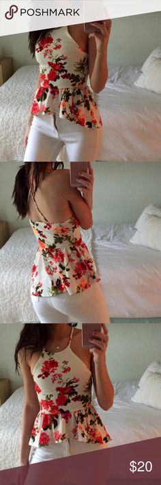 NWOT Windor Floral Halter Top Beautiful halter top with cross back strips. Bottom of top falls lower than the front. (Seen in pictures for details) Size small. Date Outfits, Chic Outfits, Girl Outfits, Summer Outfits, Fashion Outfits, All About Fashion, Diy Clothes, Dress To Impress, Casual Wear