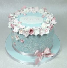 Beautiful Mother's Day vintage themed cake.