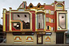 Freddy Mamani Silvestre architect