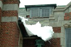"""""""Hoffmann Architects: Firm Advises on Preparing Buildings for Winter,"""" FacilitiesNet, December 2015."""