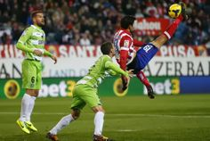 Diego Costa scores Atlético Madrid's fifth goal against Getafe with an overhead kick