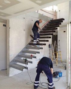 Reposted from: Anybody build cantilever stairs (floating stairs)? Any suggestions on how to secure it instead of using concrete anchors? All I have to work with is brick wall Interior Stairs, Interior Design Living Room, Room Interior, Cantilever Stairs, Escalier Design, Steel Stairs, Stair Detail, Modern Stairs, Floating Stairs