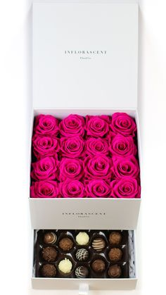 White Square Of Infinity With Hot Pink Roses And Chocolates Flower Box Gift, Flower Boxes, Venus Roses, Valentine Day Table Decorations, Rose Flower Pictures, Hot Pink Roses, White Roses, Flower Shop Design, Valentines Surprise
