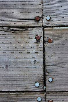 LĪLĪBĀBĀ - artpropelled: untitled (by vavoir) Wood Texture, Texture Art, Textures Patterns, Color Patterns, Kintsugi, Old Wood, Weathered Wood, Floor Design, Pool Designs
