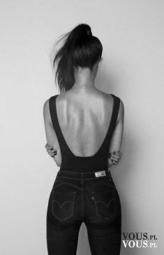 Idealna sylwetka, czarne body. Gdzie kupię czarne body z dekoltem na plecach?