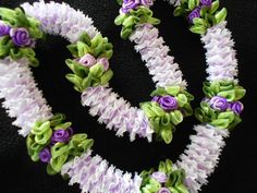 Merrie monarch by AlohaRibbonCrafts on Etsy, $35.00
