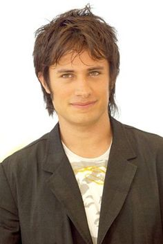 Gael Garcia Bernal---> favorite Mexican actor!