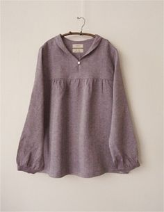 Linen blouse by janette