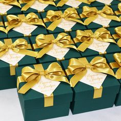 70 Emerald Green & Gold Wedding favor boxes with satin ribbon bow and custom tag, Personalized Wedding Welcome Box for favors for guests