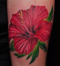 Hibiscus flower tattoo is very artistic with lot of colors, It defines fragrance and beauty of the person. Here are the 15 best hibiscus tattoo designs that you can take inspiration from it. Hawaiianisches Tattoo, Club Tattoo, Tatoo Art, Cover Tattoo, Tribal Tattoos, Body Art Tattoos, Sleeve Tattoos, Tatoos, Tattoo Designs For Girls