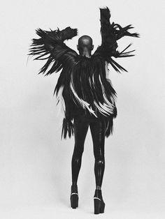 Christoph Köstlin - Skin of Skunk Anansie // 04 // Album // EP // black dress // black white