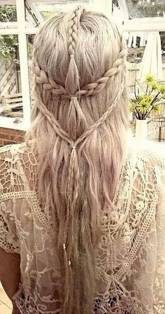 Boho Hairstyles with Braids Bun Updos amp; Other Great New Stuff to Try Out 26 Boho Hairstyles with Braids Bun Updos amp; Other Great New Stuff to Try Boho Hairstyles with Braids Bun Updos amp; Other Great New Stuff to Try Out Elven Hairstyles, Pretty Hairstyles, Braided Hairstyles, Wedding Hairstyles, Hairstyle Ideas, Latest Hairstyles, Renaissance Hairstyles, Formal Hairstyles, Boho Hairstyles For Long Hair