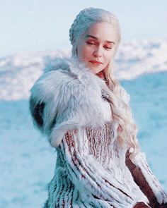 Looking for for images for got khaleesi?Browse around this website for perfect Game of Thrones pictures. These unique images will make you positive. Narnia, Got Khaleesi, Emilia Clarke Daenerys Targaryen, Daenerys Targaryen Aesthetic, My Champion, I Love Games, Game Of Thrones Art, Fiction, Marzano