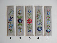 ZAKŁADKA DO KSIĄŻKI Nr 2 HAFT WZÓR KASZUBSKI (3978839404) - Allegro.pl - Więcej niż aukcje. Embroidery Stitches, Hand Embroidery, Embroidery Designs, Polish Folk Art, Hungarian Embroidery, Wool Applique, Sewing Techniques, Cross Stitch Patterns, Needlework