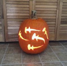 What does every shark lover carve into their Halloween pumpkin? Schooling scallo… – All Pictures Halloween Pumpkin Designs, Pumpkin Halloween Costume, Halloween Pumpkins, Halloween Ideas, Halloween Crafts, Halloween Costumes, Shark Halloween, Happy Halloween, Halloween 2018