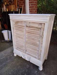 Repurposed Shutters ~ Breathe New Life into an old chest, dresser, or night stand (remove the drawers and drawer gliders) Vintage Shutters, Diy Shutters, Repurposed Shutters, Furniture Making, Cool Furniture, Painted Furniture, Refinished Furniture, Old Chest, Old Doors