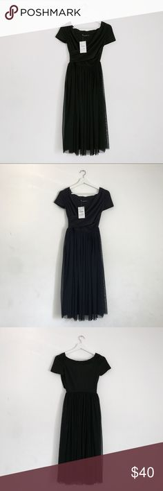 Zara Dark Navy Tulle Dress Brand new Zara Navy dress with tulle skirt. Look super classy in this simple dress. Size is xs. Zara Dresses Midi