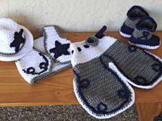 So Cute Cowboy crochet hat chaps boots Cowboy Crochet, Crochet Baby Boots, Crochet Bebe, Crochet Baby Clothes, Crochet For Boys, Knit Crochet, Crochet Hats, Crochet Costumes, Crochet Photo Props