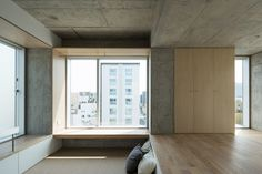 Photo 5 of 7 in Tatsumi Apartment House by Hiroyuki Ito Architects - Dwell Tokyo Apartment, Japanese Apartment, Apartment Interior, Apartment Design, House Tokyo, Japanese Interior Design, Interior Minimalista, Cool Apartments, Japanese House