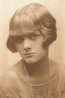 "Dame Daphne du Maurier, Lady Browning DBE (1907-1989) was a British author and playwright. Many of her works have been adapted into films, including the novels Rebecca (which won the Best Picture Oscar in 1941) and Jamaica Inn and the short stories ""The Birds"" and ""Don't Look Now""."