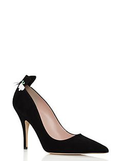 our logan heel is the perfect way to add a dash of wit to an otherwise staid ensemble; in black suede with a sweet feline detail, they're cheeky and chic.