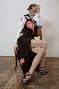 PHOTOGRAPHY: SERGEY ROGOV STYLING: MASHA LIGAY HAIR: FARID GAZYEV MODEL: OLGA ZINOVYEVA