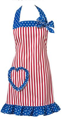 Adorable apron for Memorial Day picnics and 4th of July cook-outs.