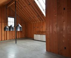 Faulkner Architects converts barn in California's wine country into minimal bunkhouse Interior Architecture, Interior And Exterior, London Live, Floor Slab, Weathering Steel, Sonoma Wine Country, Sleeping Porch, Converted Barn, Timber Beams