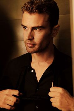 #PictureOfTheDay;#TheoJames
