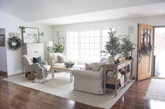 Favorite winter decor ideas for living room Mantle Are You Looking To Extend Your Christmas Decor Into Winter Today Im Sharing Grace In My Space Transitional Decor Christmas Decor That Transitions Into The Living Room Mantle, Winter Living Room, Simple Living Room Decor, Boho Living Room, Living Room Modern, Living Room Furniture, Living Room Designs, Dining Room, Living Room Layouts