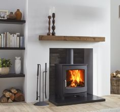 The Dik Geurts Ivar 5 Low is a contemporary and versatile stove. It has a classi…, – Freestanding fireplace wood burning Gas Stove Fireplace, Wood Burner Fireplace, Fireplace Hearth, Home Fireplace, Fireplace Inserts, Living Room With Fireplace, Fireplace Design, Wood Burning Fireplaces, Gas Fire Stove