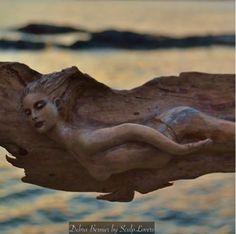 Art, nature et Rencontres. C'est la cas avec Debra Bernier, sculpteur sur bois..