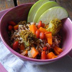 Insalata di farro con bacche di Goji, broccoli e mela verde     casadivita.despar.it