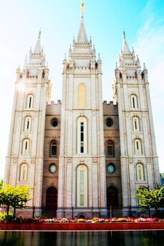 one of the best nights of my life was walking around temple square...beautiful temple, beautiful memory