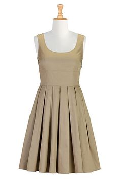 retro styled cotton dress with full circle skirt in khaki Jumper Dress, Dress Skirt, Figure Flattering Dresses, Estilo Pin Up, Cotton Dresses, Wrap Dresses, Khaki Dress, Full Circle Skirts, Plus Size Dresses