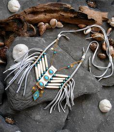 "Beautiful Breastplate necklace ""NATIVE AMERICAN Inspired"" Leather, Bone beads, Cabochon, Howlite beads, Miyuki beads, Laiton apprets, Sinew"