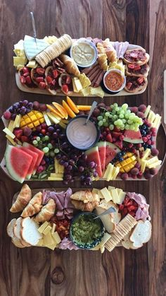ideas healthy brunch snacks breakfast ideas for 2019 Birthday Appetizers, Appetizers For Party, Appetizer Recipes, Parties Food, Appetizer Ideas, Charcuterie Recipes, Charcuterie And Cheese Board, Cheese Boards, Party Food Platters