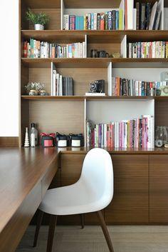Hoo the haute couture of interior design i.home decoração Home Office Setup, Home Office Design, House Design, Interior Styling, Interior Design, Walnut Cabinets, Office Interiors, Furniture Design, Sweet Home