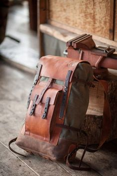 Backpack Bags, Leather Backpack, Messenger Bags, Canvas Backpack, Sac Week End, Leather Projects, Leather Accessories, Clothing Accessories, Canvas Leather
