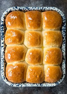 So soft and fluffy. These are THE BEST dinner rolls ever. Perfect for Thanksgiving dinner or for sandwich sliders. Sourdough Rolls, Yeast Rolls, Peanut Butter Pound Cake Recipe, Irish Potatoes, Sandwiches, Potato Dinner, Baked Rolls, Potato Bread, Thanksgiving