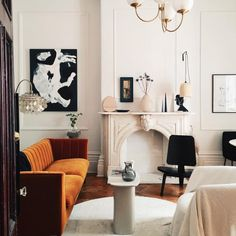 A dreamy Parisian style apartment by Lauren MacLean of Living by Lo Design Room, Design Living Room, My Living Room, Home Design, Home Interior Design, Home And Living, Living Room Decor, Living Spaces, Interior Decorating